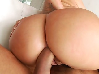 Amazing Serbian MILF with huge booty Nina Kayy loves analfuck frequently