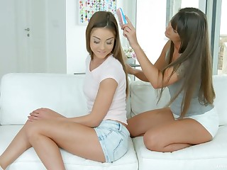 Honourable haired luring lesbian Victoria Velvet loves eating and fingering pussy