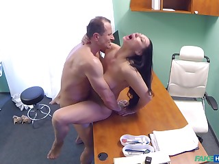 Eva Ann gets a sex toy stuck in their way twat increased by relies on doctor for reserved